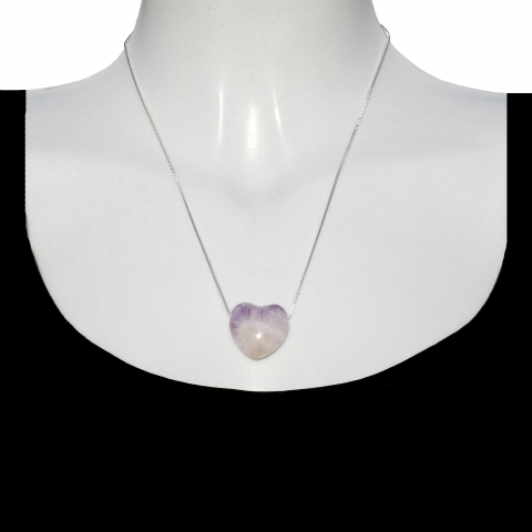 Charm heart with silver necklace 50cm. Material: Amethyst