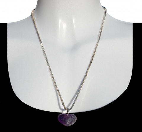Charm peace with silver necklace 60cm. Material: amethyst from Bolivia.