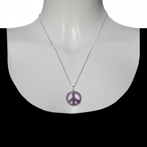 Charm peace with silver necklace 50cm. Material: amethyst.