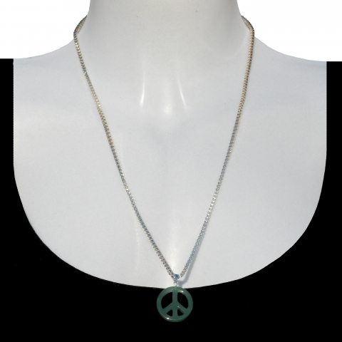 Charm peace with silver necklace 60cm. Material: Aventurine.