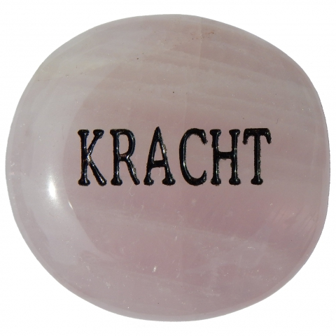 Pocket stone made of rose quartz. The word KRACHT (power) is engraved.